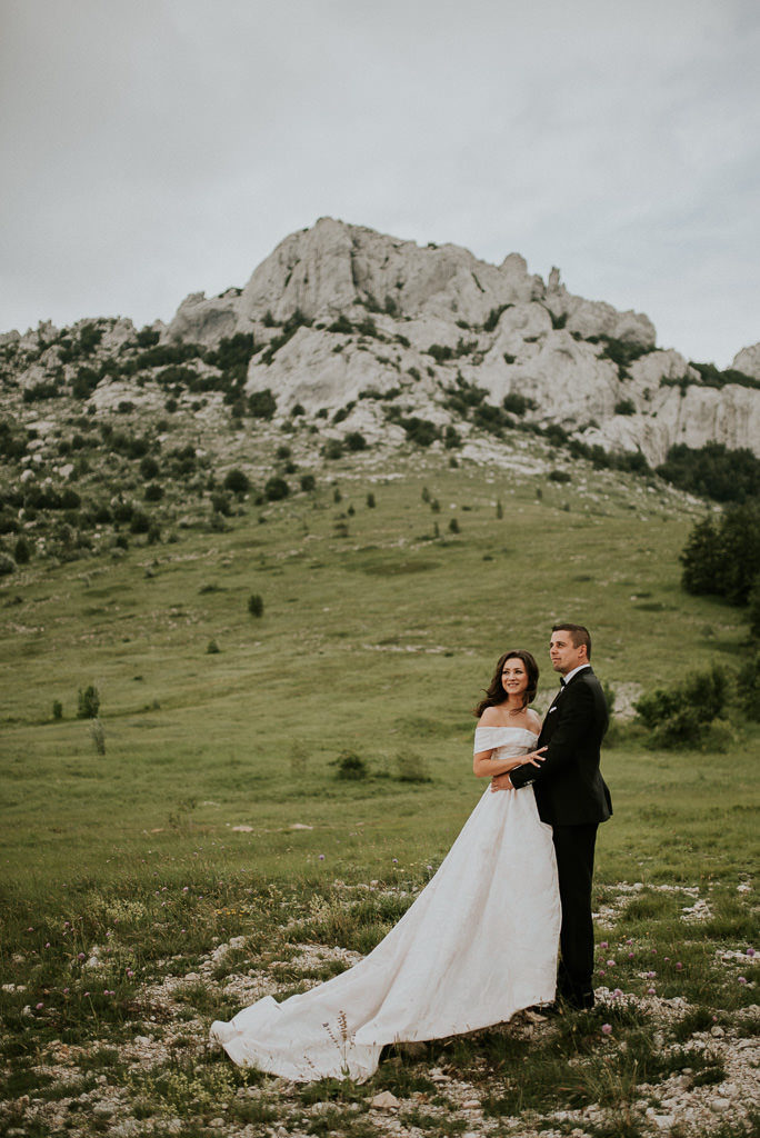 wedding in mountain